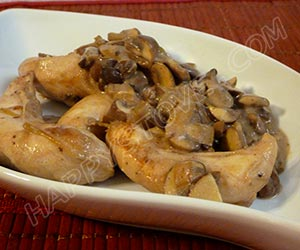 Chicken Strips with Mushrooms in Bechamel Sauce