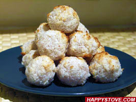 Coconut and Almonds Pastries - By happystove.com