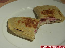 Filled Italian Piadina Flatbread (Crescione) - by HappyStove.com