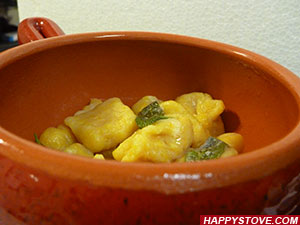 How to make Pumpkin Gnocchi - By happystove.com