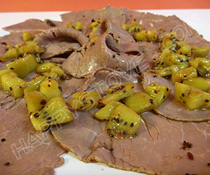 Deli-Style Roast Beef with Spicy Kiwi Sauce