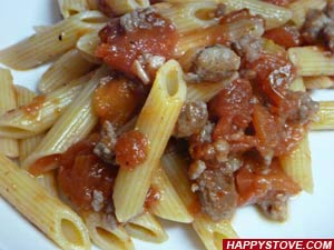 Penne with Sausages and Tomato Sauce - By happystove.com